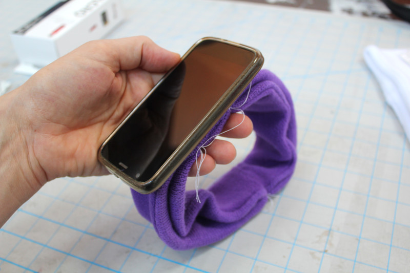how-to-headband-phone-6