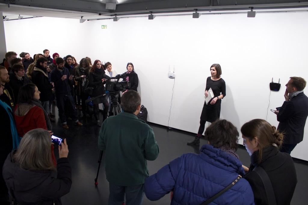Aram Bartholl, OFFLINE ART: new2