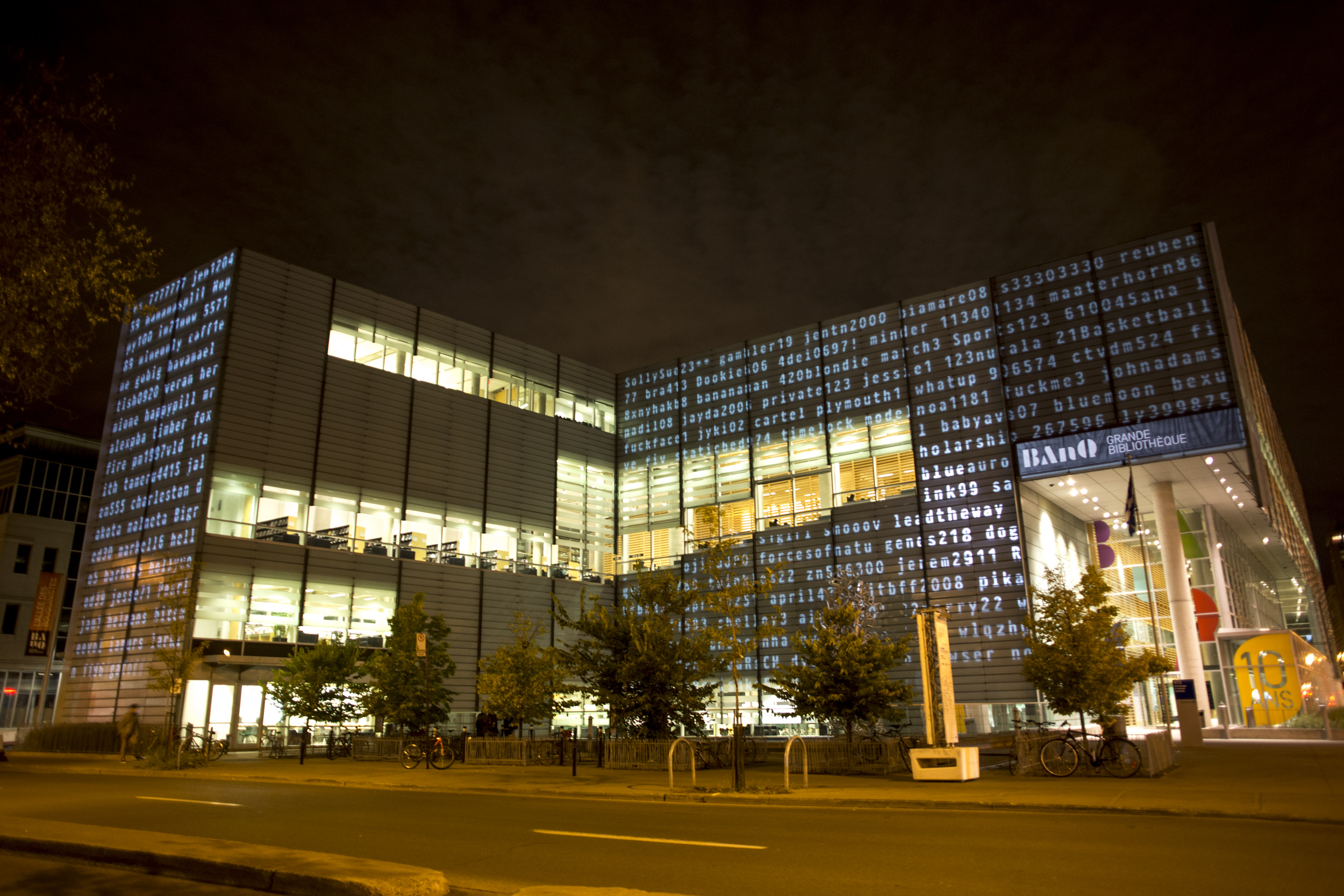 123456-projection-qds-banq-montreal-humanfutures-2
